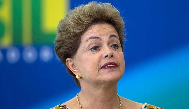 O vencimento da presidente, que é de R$ 30.934,70, passará para R$ 27.841,23 - Foto: AP Photo   Joedson Alves