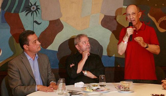 Rui Costa, Lula e Falcão avaliaram a situação política - Foto: Lúcio Távora l Ag. A TARDE