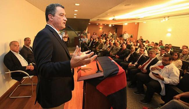 Rui Costa atribuiu atraso da obra a problema com vencedora de licitação anterior - Foto: Joá Souza l Ag. A TARDE