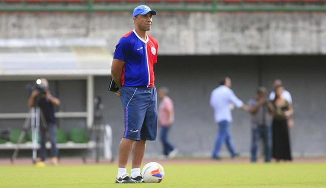 O resultado foi a queda do treinador após 9 meses no comando - Foto: Edilson Lima | Ag. A TARDE | 21.07.2015