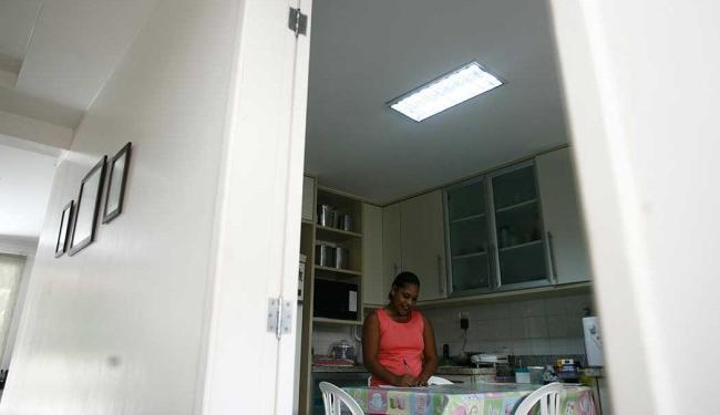 Cadastro dos empregados doméstico pode ser feito até o prazo de pagamento do FGTS - Foto: Raul Spinassé | Ag. A TARDE | 01/05/2013
