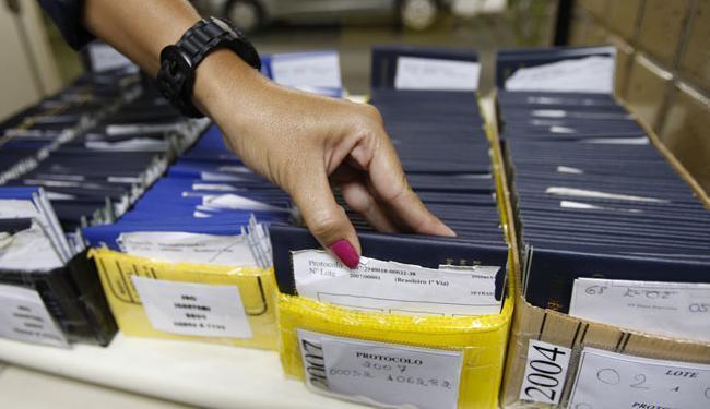 Em Salvador, 35 vagas são para ajudante de carga e descarga - Foto: Margarida Neide | Ag. A TARDE