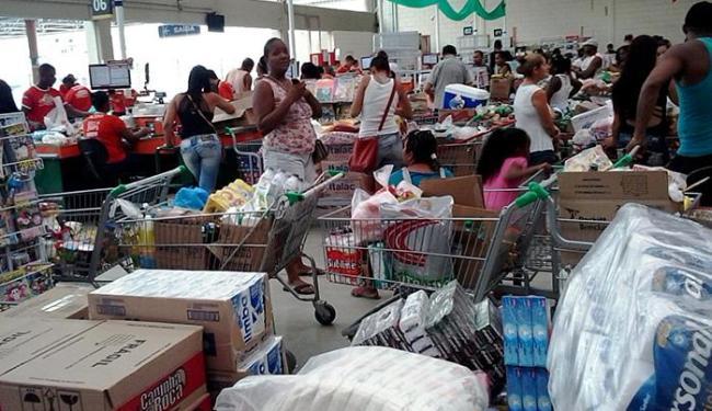 Confira o horário de funcionamento dos supermercados - Foto: Joá Souza l Ag. A TARDE l 06.12.2014