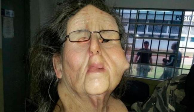 Traficante usava máscara estimada em R$ 4 mil - Foto: Divulgação   Polícia Civil