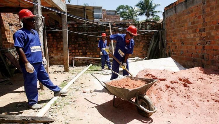 Programa que libera recursos para material de construção vai gerar empregos - Foto: Adilton Venegeroles | Ag. A TARDE