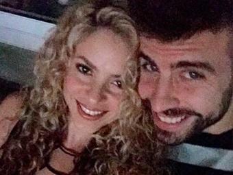 Representante do jogador afirma que história do vídeo de sexo caseiro de Shakira e Piqué é falsa - Foto: Reprodução   Instagram