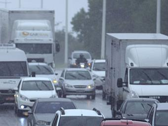 Chuva complica trânsito na avenida Paralela - Foto: Joá Souza | Ag. A TARDE