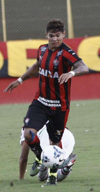 Léo Ceará fez outro gol e é o artilheiro da competição, com quatro - Foto: Margarida Neide | Ag. A TARDE