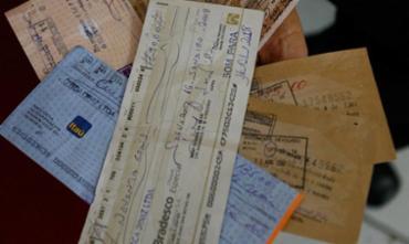 Cheques bancários - Foto: Fernando Amorim | Ag. A TARDE