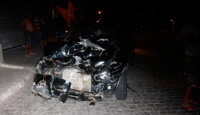 O motorista fugiu do acidente e abandonou o carro em outra rua da cidade - Foto: Reprodução | Brumado Notícias