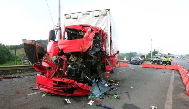 Acidentes de trânsito matam um indivíduo a cada 25 segundos em todo o mundo - Foto: Mila Cordeiro | Ag. A TARDE