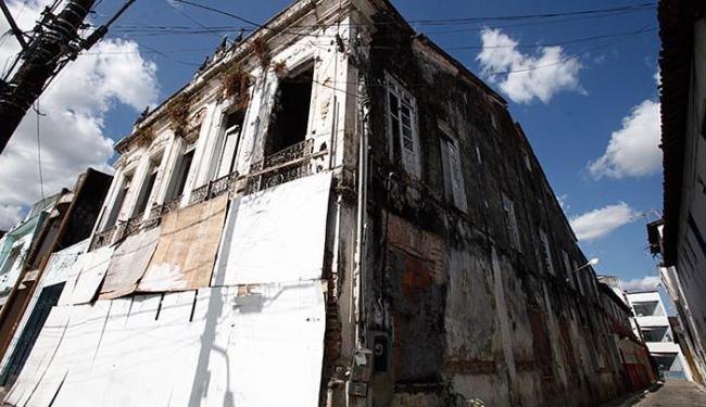 Fachada do antigo Arquivo Público, em Santo Amaro - Foto: Adilton Venegeroles l Ag. A Tarde