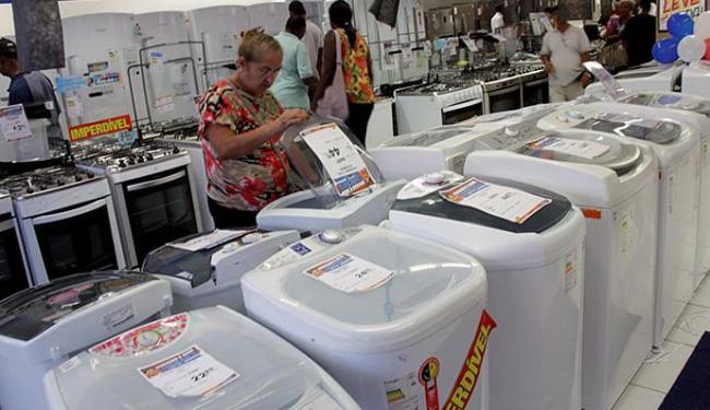Megaliquidação deve movimentar R$ 978 milhões, uma alta de 12% em relação a 2014 - Foto: Joá Souza | Ag. A TARDE