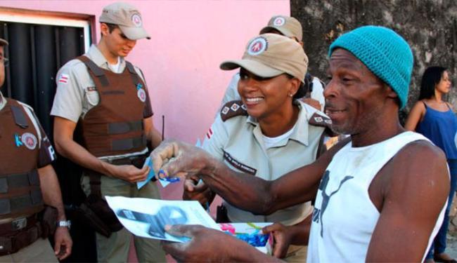 Blitz Azul conscientiza sobre a importância de fazer o exame de próstata - Foto: Jorge Cordeiro   Secom - Bahia