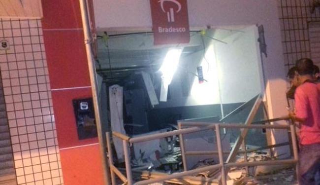 Agência do Bradesco ficou parcialmente destruída após a explosão - Foto: Divulgação | Polícia Civil
