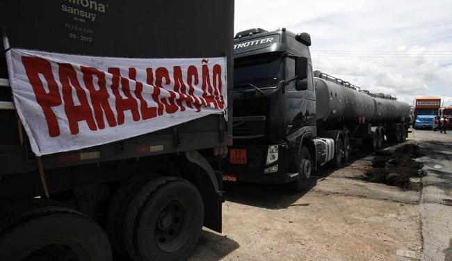 Essa é a segunda manifestação que os caminhoneiros fazem em 2015 - Foto: Luiz Tito | Ag. A TARDE