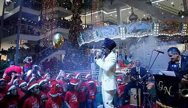 Brown cantou o novo jingle do centro de compras - Foto: Fernando Vivas l Ag. A TARDE