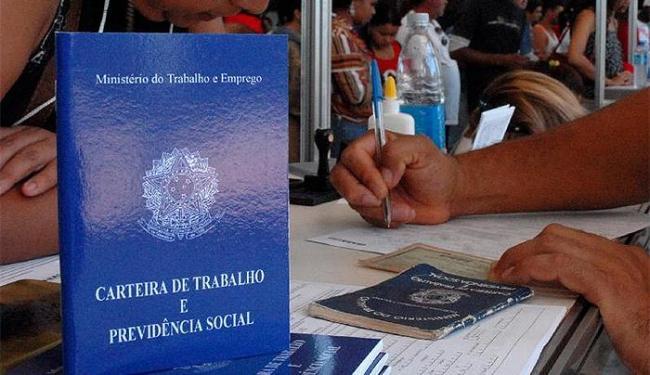 Foram eliminados no mês passado, em todo o país, 169 mil vagas formais de emprego, segundo o Caged - Foto: Marcello Casal Jr. l Agência Brasil