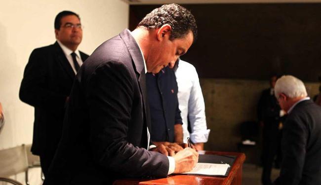 Assinatura aconteceu na sede da Governadoria no CAB - Foto: Pedro Moraes | GOVBA