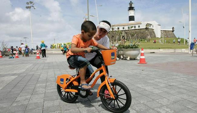 A Escola Bike Anjo (Eba) também vai participar ensinando jovens e adultos a pedalar - Foto: Luciano da Matta | Ag. A TARDE