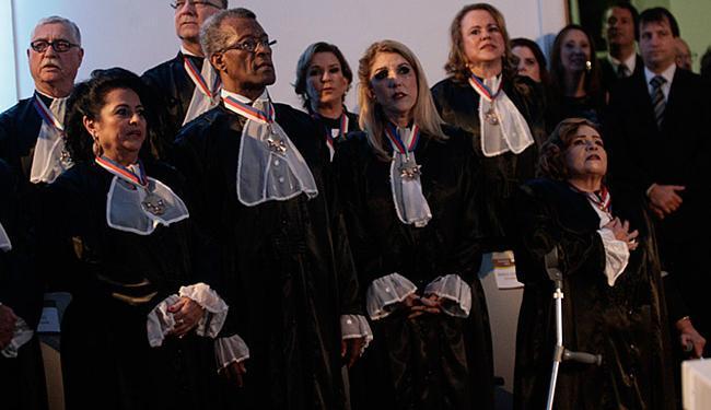 Desembargadores (E) Nélia Neves, Esequias de Oliveira, Maria de Lourdes Linhares e Maria Adna Aguiar - Foto: Margarida Neide l Ag. A TARDE