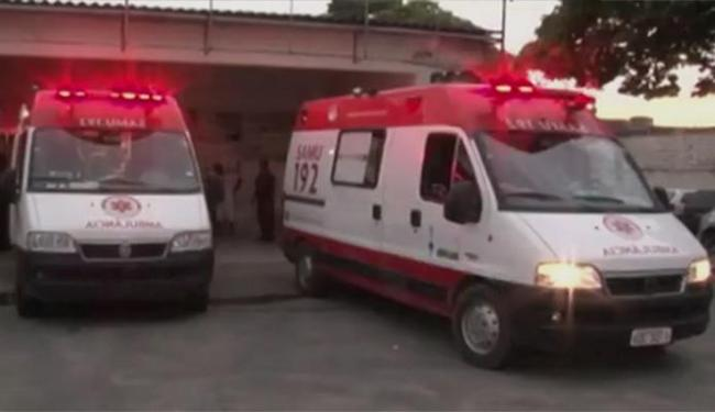 Quatro detentos ficaram feridos e foram levados para o Hospital de Teixeira de Freitas - Foto: Reprodução | TV Bahia