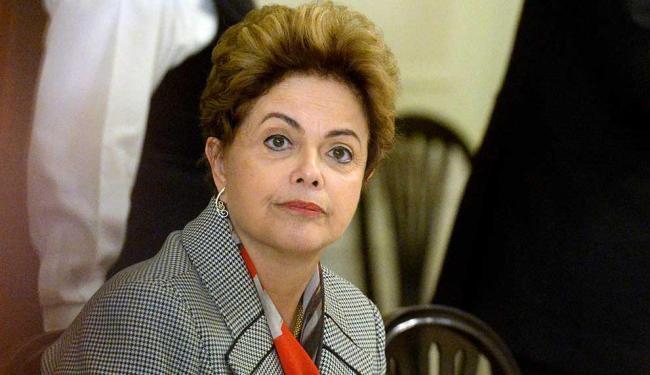 Dilma tem feito seguidas reuniões para encontrar uma saída para o déficit da Previdência Social - Foto: Vesa Moilanen | Agência Reuters