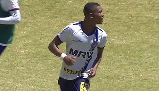 Atacante Mário marcou um dos gols que deu o triunfo ao Esquadrãozinho - Foto: Divulgação | E.C. Bahia