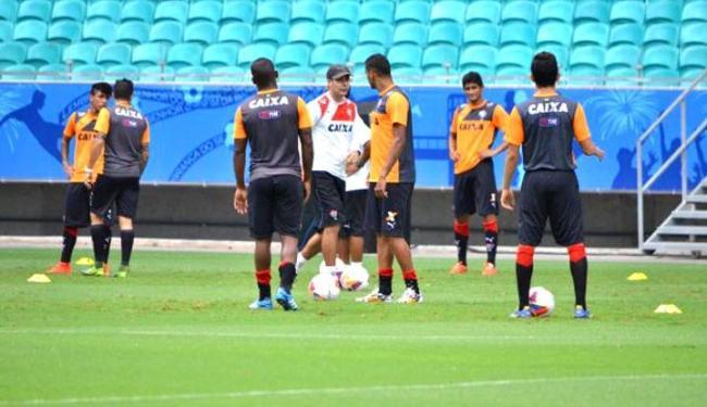 Time treinou no campo da Arena Fonte Nova - Foto: Divulgação   E.C. Vitória