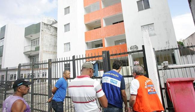 Problemas estruturais prejudicam 31 famílias do Ed. Jardim Brasília, que recorreram ao aluguel desde - Foto: Fernando Amorim l Ag. A TARDE l 23.05.2015