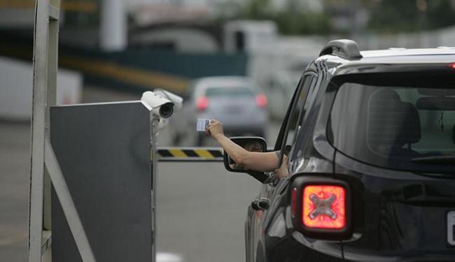 A Associação de Shopping na Bahia acredita que a ação não tem relação com queda de vendas - Foto: Raul Spinassé   Ag. A TARDE