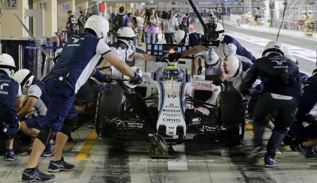 Os dois pilotos brasileiros esperavam extrair melhor rendimento da Williams e da Sauber - Foto: Hamad I Mohammed | Agência Reuters