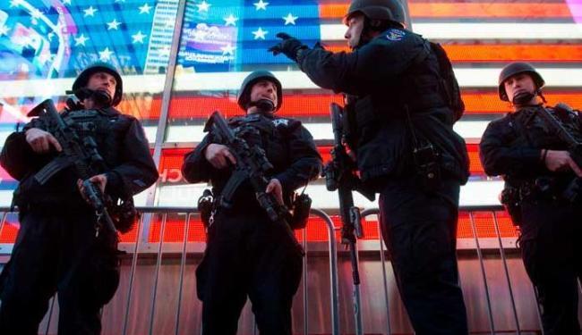 Pelo menos três equipes de terroristas teriam perpetrado os atentados - Foto: Agência Reuters