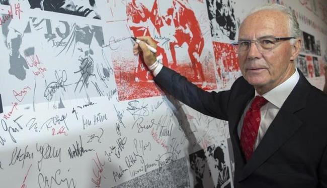 Beckenbauer foi o presidente do comitê organizador da competição - Foto: Thomas Peter   Agência Reuters