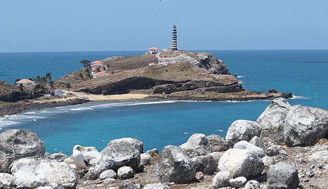 Santa Bárbara, uma das cinco ilhas do arquipélago ao sul do litoral baiano - Foto: Lúcio Távora l Ag. A TARDE l 20.09.2014