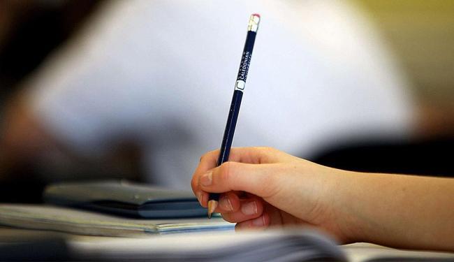 O ideal é colocar tudo na ponta do lápis e planejar - Foto: Eduardo Martins | Ag. A TARDE