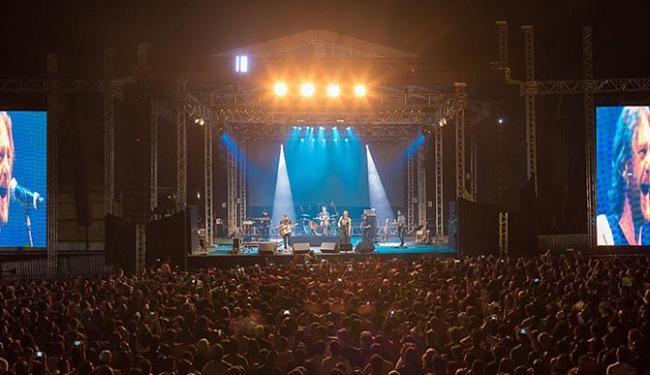 A Legião Urbana se apresentou perto da meia-noite de domingo, no Mahalo Surf Eco Festival - Foto: Mario Nogueira l Divulgação