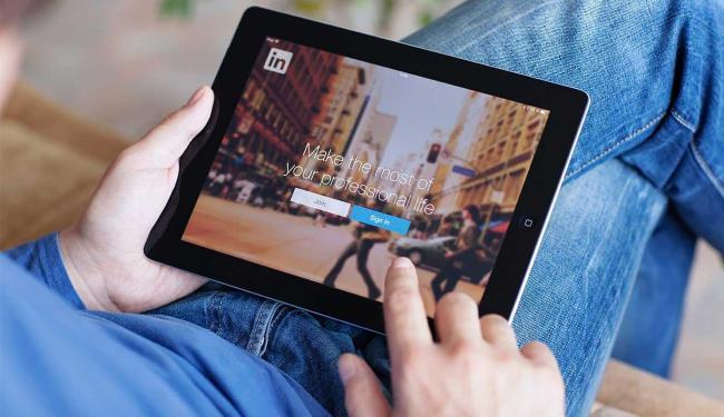 O LinkedIn é um dos mais usados para encontrar o profissional com o perfil desejado - Foto: Divulgação