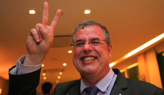 Ele obteve, segundo o apurado até as 20h desta quarta, 53,54% dos votos - Foto: Margarida Neide | Ag. A TARDE