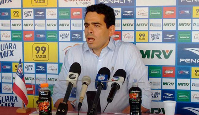 Em coletiva, presidente Marcelo Sant'Ána anunciou medidas no departamento de futebol - Foto: Divulgação l E.C. Bahia