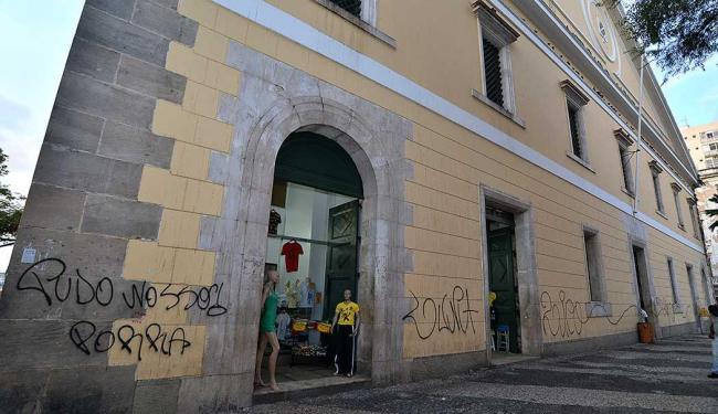 Prefeitura prometeu limpar a pichação - Foto: Max Haack   Agecom
