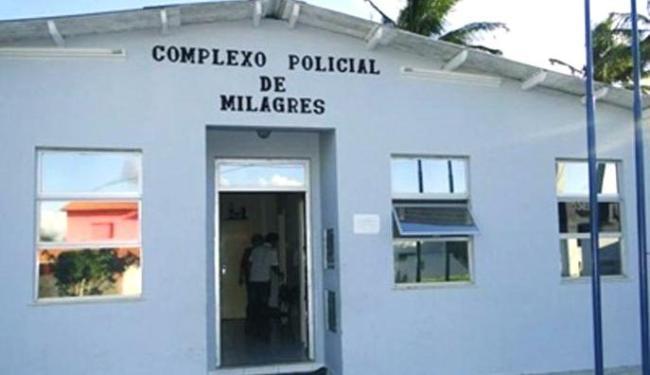 Os presos fugiram na noite do último domingo, 29, da delegacia da cidade baiana - Foto: Reprodução   Site Voz da Bahia
