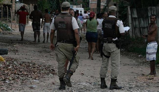 Crime aconteceu na Rua Fazenda Cassange, no bairro de São Cristóvão - Foto: Lúcio Távora | Ag. A TARDE