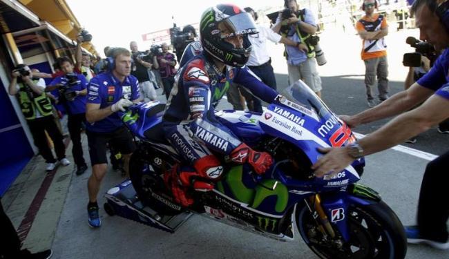 Lorenzo está em busca do seu terceiro título na MotoGP - Foto: Heino Kalis   Agência Reuters