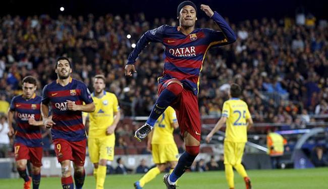 Atacante brasileiro foi o destaque da partida no Camp Nou - Foto: Albert Geta l Reuters