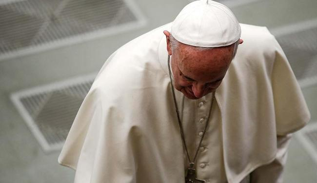 Papa diz que a violência não resolve nada - Foto: Max Rossi | Reuters | 12.11.2015