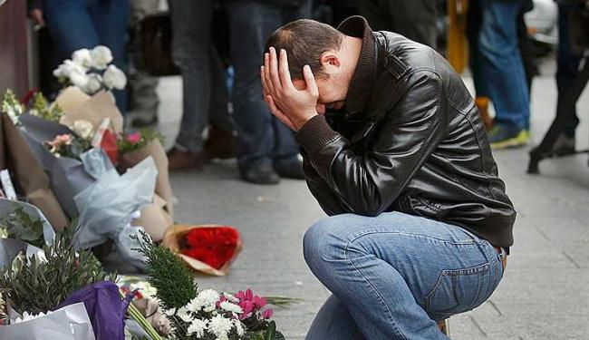 Polícia contabiliza 129 mortes em ataques em Paris - Foto: Ag. Reuters