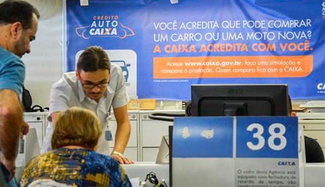 O penhor, opção de crédito em que joias são dadas como garantia, tornou-se mais atraente - Foto: José Cruz   Agência Brasil