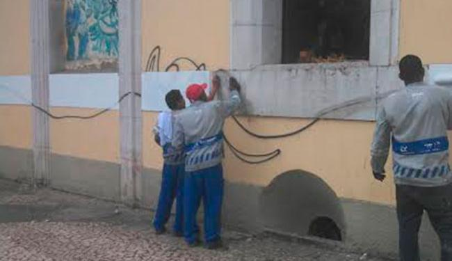 O Mercado Modelo foi pichado na sexta-feira, 27, por vândalos - Foto: Divulgação