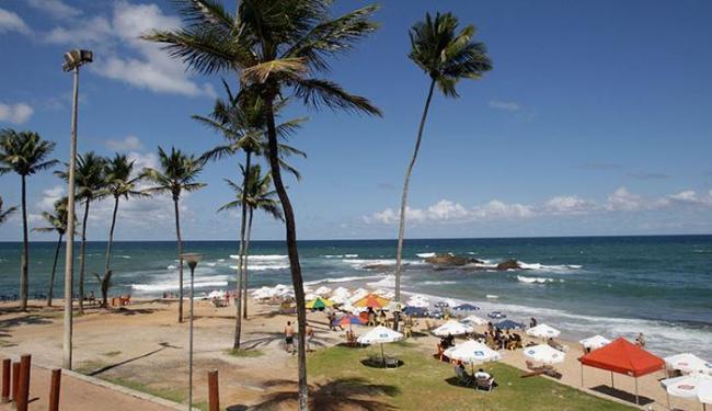 Uma das praias é a de Ondina, próximo à escada de acesso - Foto: Fernando Amorim | Ag. A TARDE